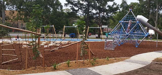 Boomerang park playground image 2
