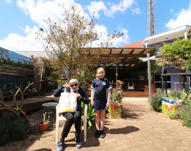 Integrated Living resident and Raymond Terrace Public School student